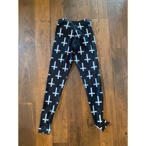 Blackmilk Pants - Cross leggings